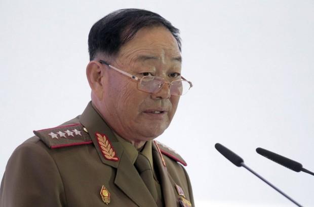 O ex-ministro norte-coreano Hyon Yong-chol em conferência na Rússia, dias antes do anúncio de sua execução. (Crédito: EFE/Maxim Shipenkov)