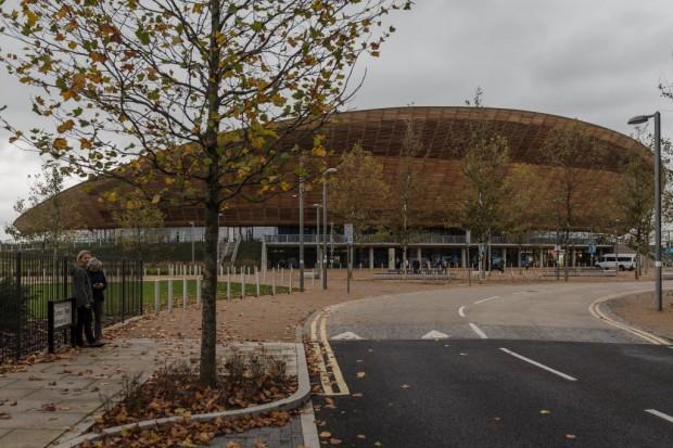 Lee Valley VeloPark no Parque Olímpico Queen Elizabeth, situado no leste de Londres; velódromo sustentável foi construído para as Olimpíadas de 2012. (Foto: Avener Prado/Folhapress)