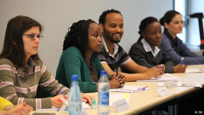 Estudantes durante mestrado de Estudos de Mídia Internacional (Foto: Arquivo do DW Akademie)