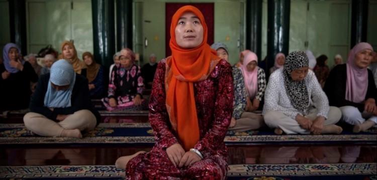 Reportagem de ex-bolsista sobre mulheres islâmicas na China recebeu prêmio internacional (Foto: Bethany Allen/Foreign Policy)
